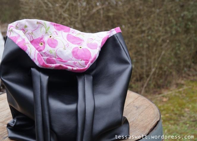 Tasche-schwarz:pink2